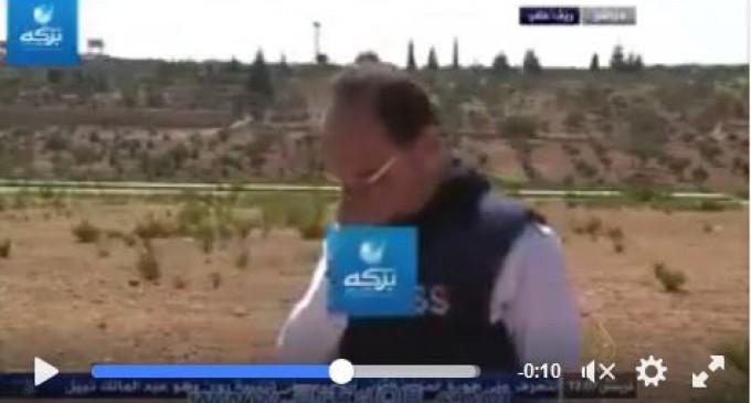 [Vidéo] | Un reporter d'Al Jazeera pleure devant les téléspectateurs après la défaite des terroristes du Front Al-nosra à Alep