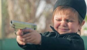 Un enfant daeshien tue à bout portant 1 homme et 2 jeunes garcons5