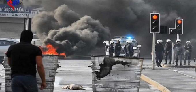 Des photos.. Des affrontements entre les jeunes et les forces de sécurité du Bahreïn à l'ouest de Manama