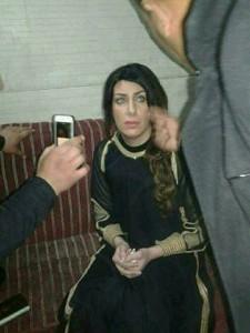 Les services de securité irakienne ont arrété aujourd'hui un terroriste déguisé en femme, dans un checkpoint à l'entrée de la ville sainte de Karbala1