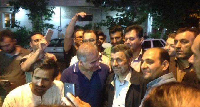 Vidéo exclusive : L'ancien président Mahmoud Ahmadinejad vote à l'occasion des élections présidentielles iraniennes