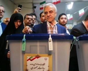 Les candidats à la 12ème élection présidentielle iranienne ont votés tôt ce matin8