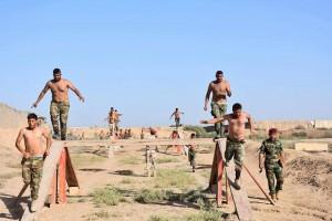 Les combattants de la Mobilisation Populaire irakienne s'entraînent avant d'aller combattre les terroristes salafistes de Daesh2
