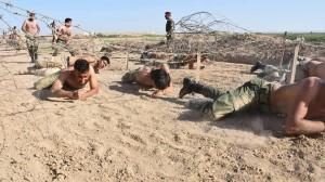 Les combattants de la Mobilisation Populaire irakienne s'entraînent avant d'aller combattre les terroristes salafistes de Daesh6