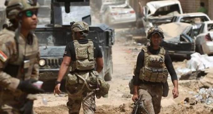 En images : Les forces irakiennes pourchassent les terroristes de Daech à Mossoul