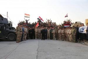 Le Premier Ministre Irakien Heydar Abadi lève le drapeau irakien dans le ciel de Mossoul et a annoncé la libération totale de Mossoul5