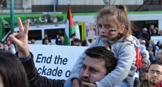 Les citoyens de Melbourne, en Australie, manifestent dans les rues en solidarité avec la mosquée Al-Aqsa et la Palestine occupée !