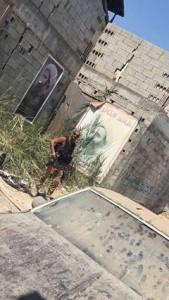 les lâches soldats saoudiens s'exhibent fièrement dans une Husseiniya Al Awamiyah3