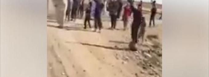 [Vidéo] | Des centaines d'habitants de Kirkouk accueillent et saluent les forces irakiennes