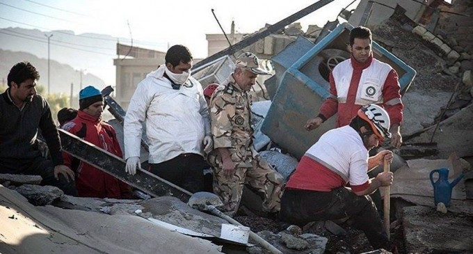 Plus de 300 morts et des milliers de blessés dans un séisme en Irak et en Iran