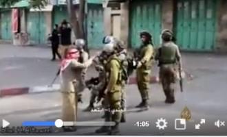Regardez ce courageux vieil homme palestinien qui s'oppose aux forces d'occupation israélienne