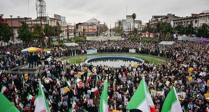 Pour le 7ème jour consécutif, des rassemblements dans différentes villes iraniennes se poursuivent pour condamner les récentes émeutes et des interventions extérieures