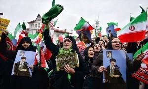 Pour le 7ème jour consécutif, des rassemblements dans différentes villes iraniennes se poursuivent pour condamner les récentes émeutes et des interventions extérieures3