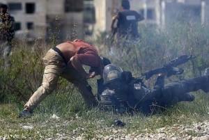 C'est ainsi que les forces israéliennes ont traité un militant allemand qui venait juste de participer à une manifestation palestinienne.3