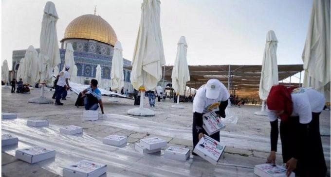 Les Palestiniens de Jérusalem refusent les repas de l'Iftar fournis par les Emirats Arabes Unis