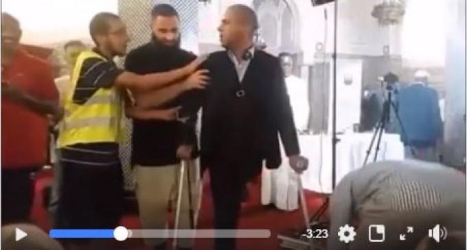 2 maghrébins courageux dénoncent l'imam de la Mecque à Genève