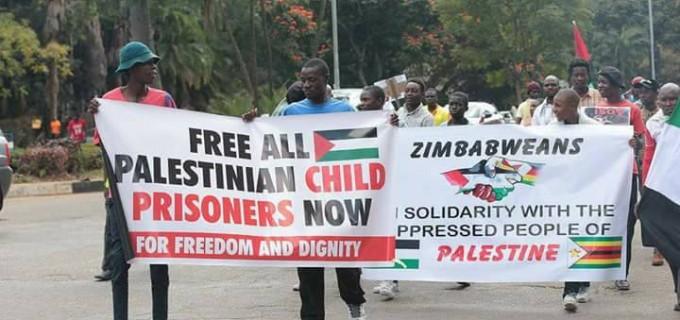 En images : le Zimbabwe soutient la Palestine.