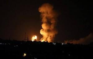 Tout Gaza est soumis à des attaques de l'aviation israélienne.1