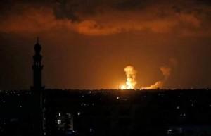 Tout Gaza est soumis à des attaques de l'aviation israélienne.2