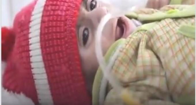 Vidéo : les nourrissons au Yemen font face à une malnutrition sévère, quelques millions d'enfants laissés pour mourir de faim
