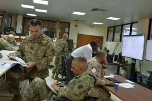 Des photos divulguées montrent des éléments et des officiers des forces américaines supervisant le meurtre du peuple yéménite en coordination avec les forces émiratis