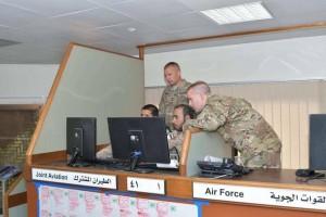 Des photos divulguées montrent des éléments et des officiers des forces américaines supervisant le meurtre du peuple yéménite en coordination avec les forces émiratis1