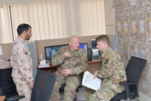 Des photos divulguées montrent des éléments et des officiers des forces américaines supervisant le meurtre du peuple yéménite en coordination avec les forces émiratis3
