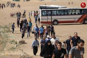 Les familles palestiniennes participent aux manifestations de la Grande Marche du Retour à la frontière de Gaza3