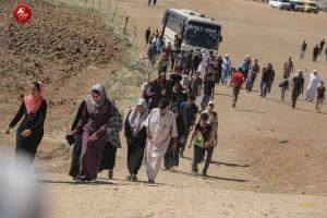 Les familles palestiniennes participent aux manifestations de la Grande Marche du Retour à la frontière de Gaza4