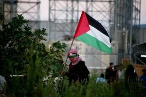 Les Palestiniens de Gaza se sont rendus mardi dans une manifestation de masse à la frontière nord, appelant à briser le siège.2