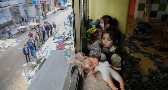 Le jardin d'enfants «Shahed» a été détruit par les bombardements israéliens sur un bâtiment résidentiel juste à côté de la maternelle la semaine dernière à Gaza.