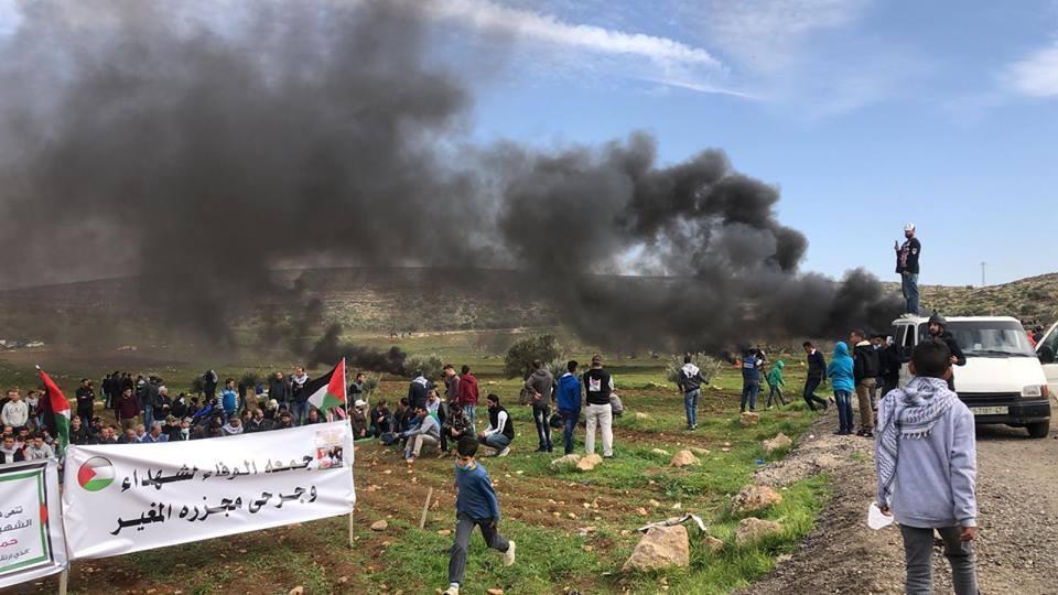 Au moins 4 manifestants palestiniens ont été blessés par des coups de feu israéliens 2