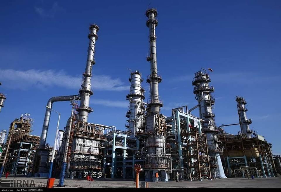 Hassan Rohani a inauguré la 3ème phase de la raffinerie de Setare Khalig Fars3