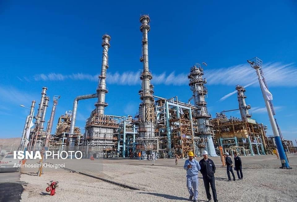 Hassan Rohani a inauguré la 3ème phase de la raffinerie de Setare Khalig Fars4