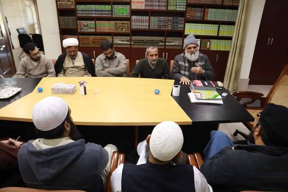Juste heureux de voir l'unité de nos frères chiites et sunnites au Pakistan...
