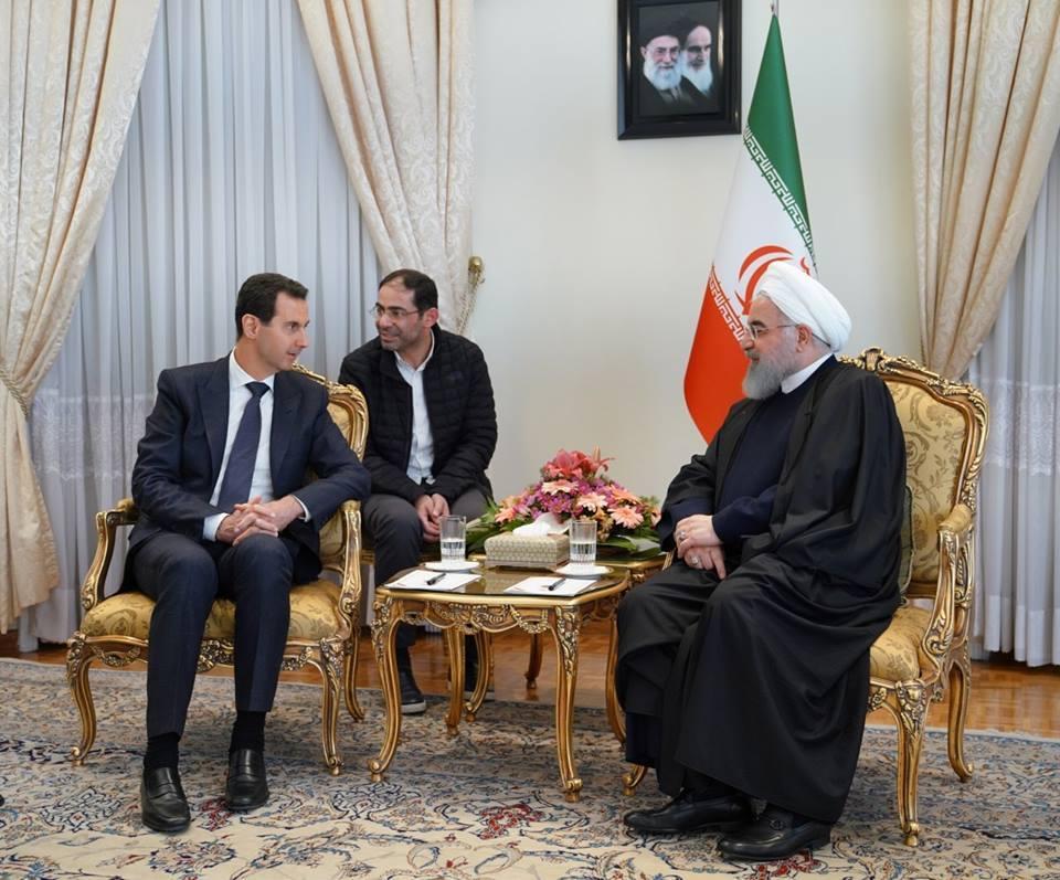 Regardez l'accueil chaleureux du Président Assad par le Guide suprême de la révolution iranienne et par le Président Iranien2