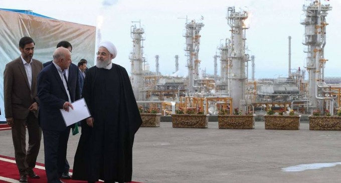 Le Président Rouhani a inauguré de nouvelles phases de Pars jenobi.