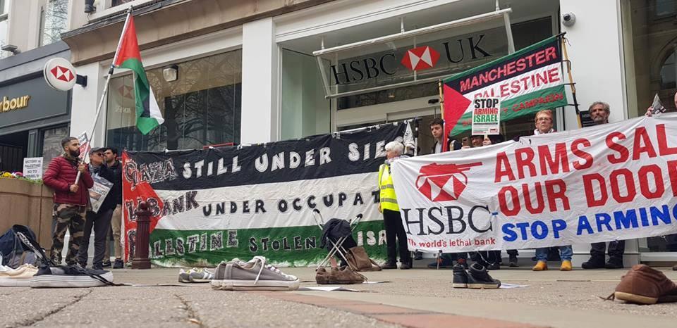 De nombreux anglais à Manchester ont défilé samedi en solidarité avec la Grande Marche du Retour à Gaza.