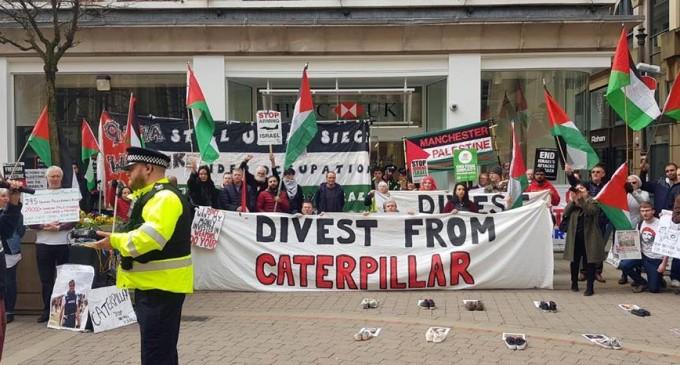 De nombreux anglais à Manchester ont défilé samedi en solidarité avec la Grande Marche du Retour à Gaza