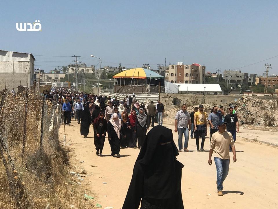 Des milliers de palestiniens se sont rendu aux frontières de la bande de Gaza pour réclamer leur droit de retourner dans leurs maisons3