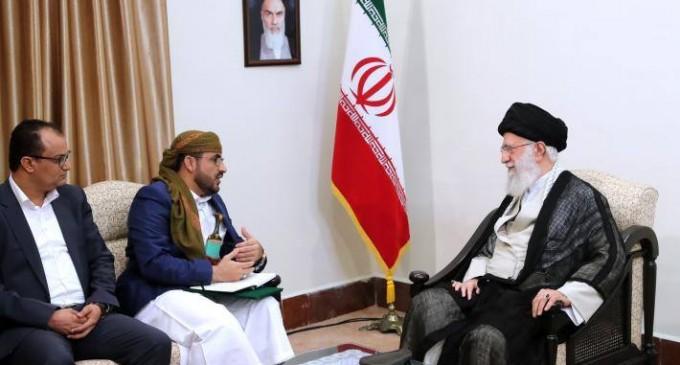 Photos : Rencontre du Guide suprême avec le porte-parole du Mouvement Ansarallah