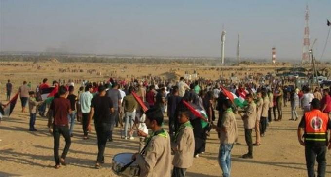 Des dizaines de personnes manifestent dans le nord de Gaza pour demander la levée totale du blocus