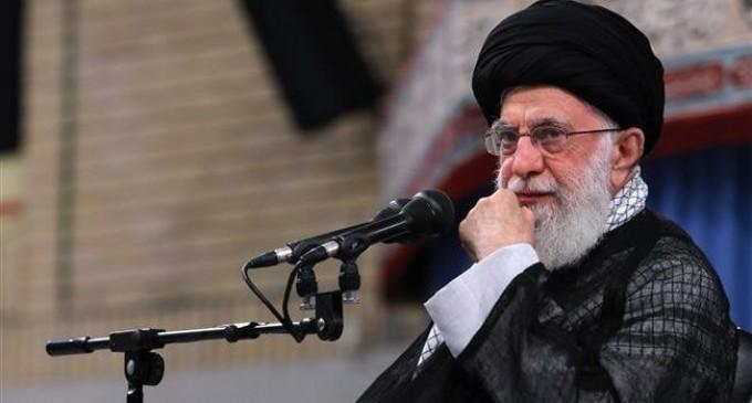 L'Ayatollah Ali Khamenei : « L'Iran ne construira pas, ne stockera pas et n'utilisera pas d'armes nucléaires interdites par l'islam »