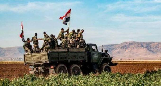 L'armée syrienne prend le contrôle de nouvelles zones le long d'une autoroute stratégique au nord-est de la Syrie