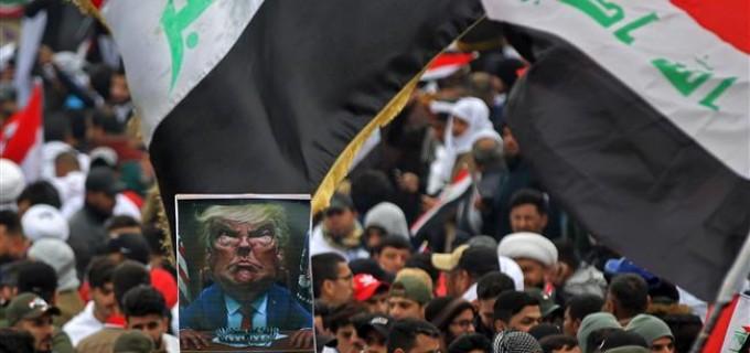 PHOTOS : Des millions d'Irakiens défilent contre la présence américaine en Irak