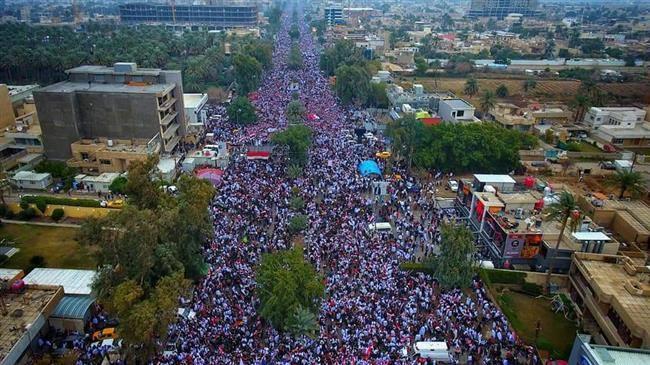 Des millions d'Irakiens défilent contre la présence américaine en Irak 7