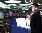 la prière du vendredi dirigée par le Guide suprême de la Révolution Islamique : l'Ayatollah Ali Khamenei