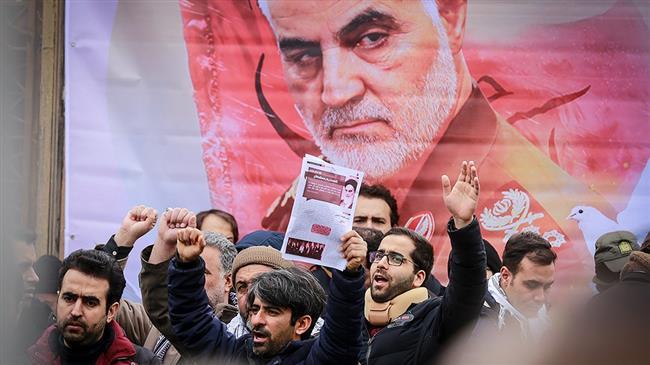 la prière du vendredi dirigée par le Guide suprême de la Révolution Islamique10