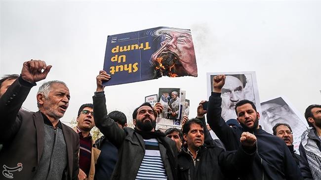 la prière du vendredi dirigée par le Guide suprême de la Révolution Islamique11