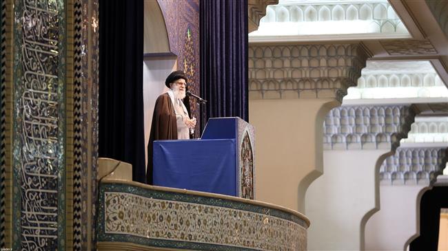 la prière du vendredi dirigée par le Guide suprême de la Révolution Islamique2